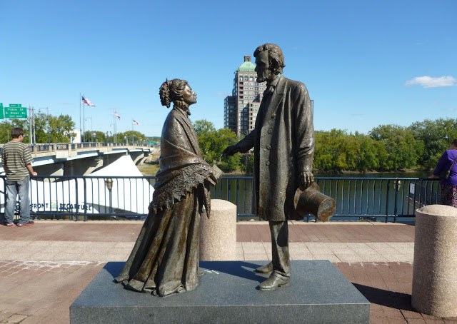 Harriet Beecher Stowe and President Abraham Lincoln